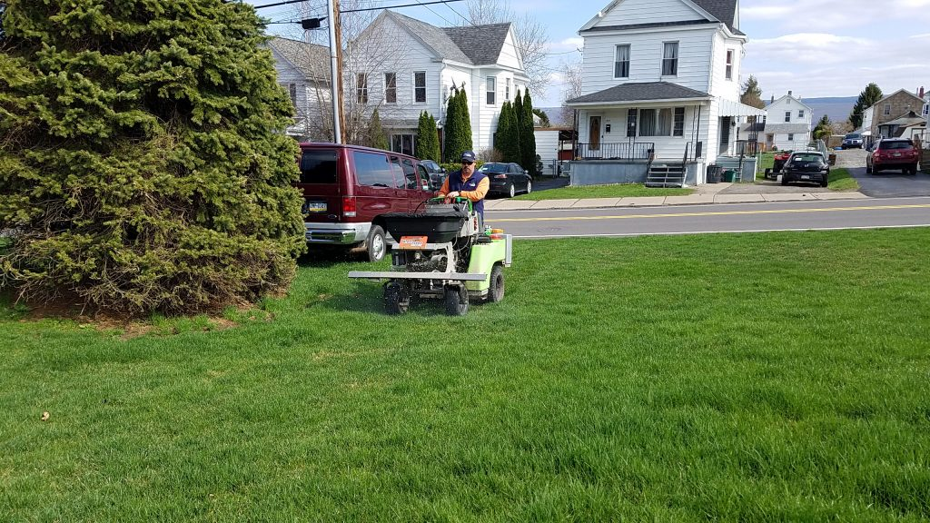 Bloomsburg Pennsylvania Lawn Care Service Area Grasshopper Lawns, Inc. is your number one choice in lawn care Pennsylvania for Luzerne, Luzerne, Northampton & Lehigh counties.